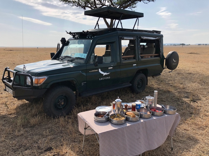andbeyond breakfast spread in Serengeti